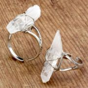 Raw quartz crystal ring