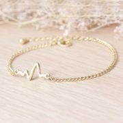 Heartbeat chain bracelet